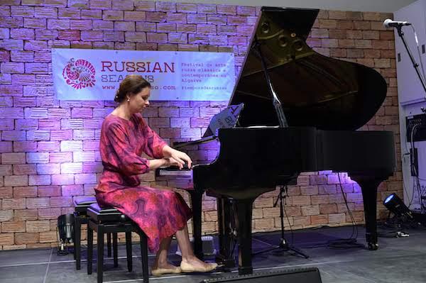 Познакомьтесь с историей Ирины Свечниковой, музыковеда, руководителя студии «Histórias Musicais».